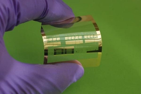 MOSFET工艺新突破:基于柔性塑料薄膜的高性能晶体管面世