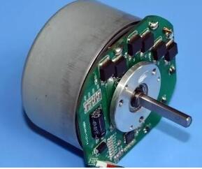 图文详解无刷电机与有刷电机的区别-工作原理 性能差异等描述-KIA MOS管